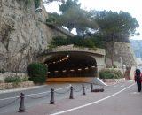 Monako, tutaj nic nie jest zwyczajne, jezdnia po której jedziesz to toś wyścigowy