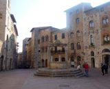 Studnia na Placu del Duomo